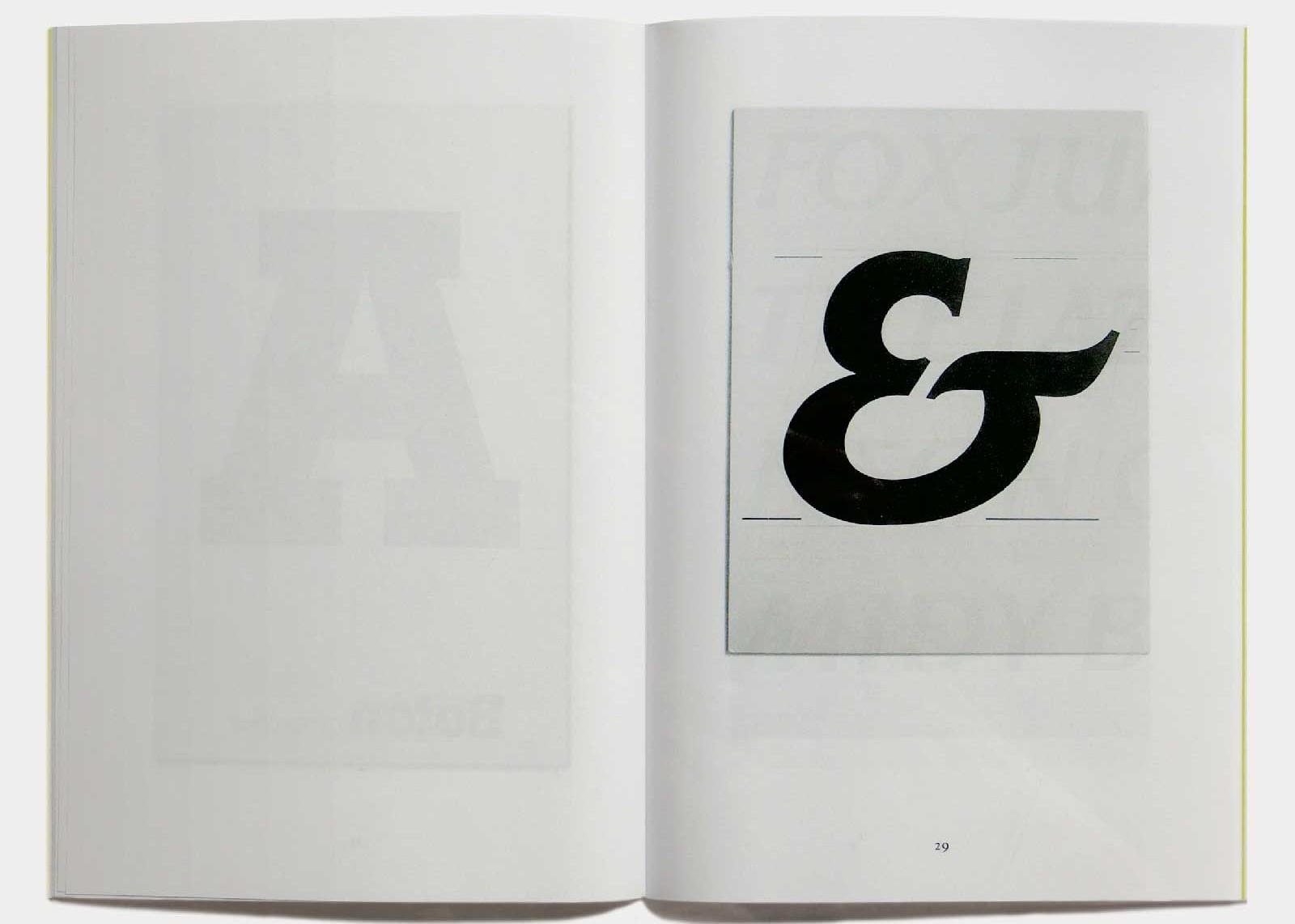 Page 29 — Caractère Elan (1986, ITC), dessin original à l'encre sur carte à gratter.