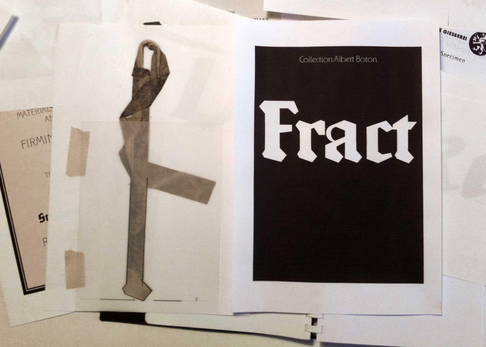 Photographie d'un adhésif vu sur un trottoir. Inspiration des empattements du caractère « Frakt » (2013). Chez A. Boton, Vernon.